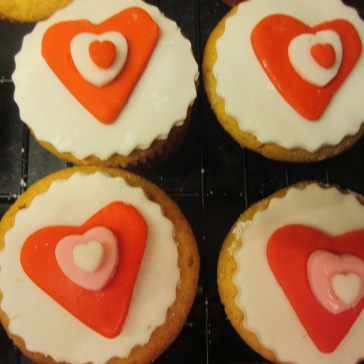 Vanilla Sponge Heart Decorated Cupcakes